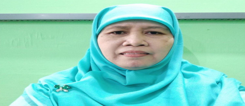 Siti Zunaeroh, S.Pd., Guru Bahasa Inggris yang Hobi Berbisnis