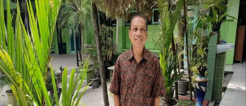 Drs. Zainuri Dwi Budiutomo, Guru Juara