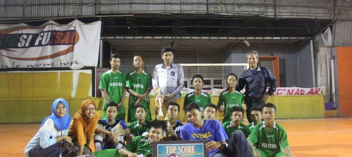 """Euforia Kemenangan Tim Futsal Selepas Pertandingan """"Sportivo JHS Futsal Club"""""""